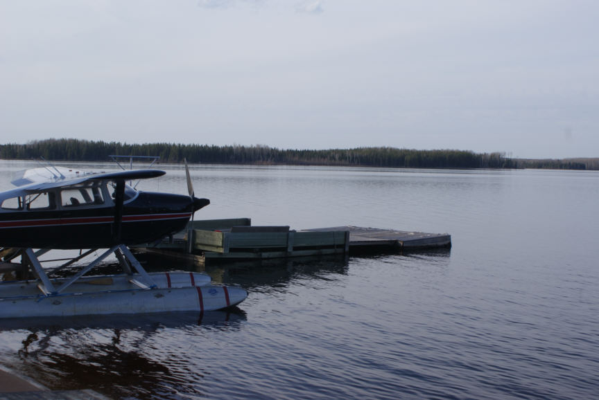 Fly in fishing outpost cabins north of red lake ontario canada for Ontario fly in fishing outposts